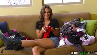 Curvaceous Olivia Wilder's half hairless slit receives a rough pounding