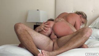 Mouthwatering Payton Simmons is having casual sex with chap everyday