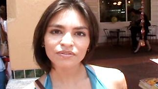 Adorable latin Maria shows her wazoo to bf