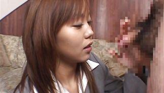 Enticing young Mai Sakashita gets a serving of wang