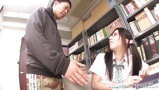 Pussy tester receives a orall-service from remarkable maid Yuuki Itano